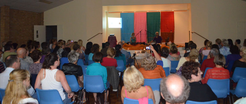 A wonderful night with Terry Oldfield and Soraya at Carrara Community Centre with the Infinite Connection